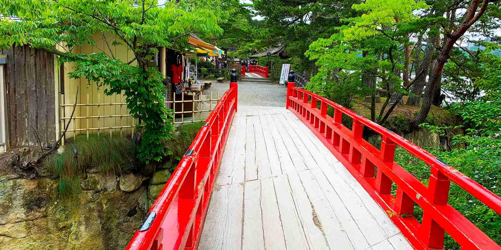 日本三景の松島を観光しよう!綺麗な海と趣きたっぷりの歴史的建造物